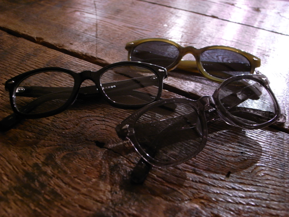 「岡村眼鏡製作所」